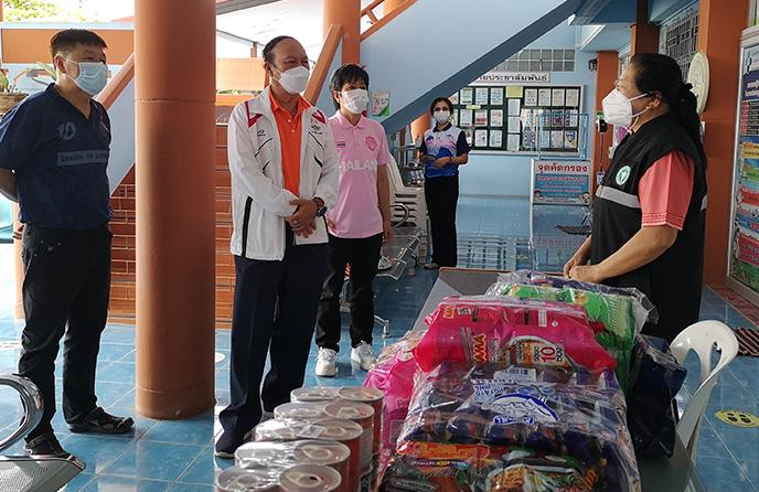 วิทยาลัยชุมชนบุรีรัมย์ ร่วมมอบสิ่งของช่วยเหลือสถานการณ์โควิด-19